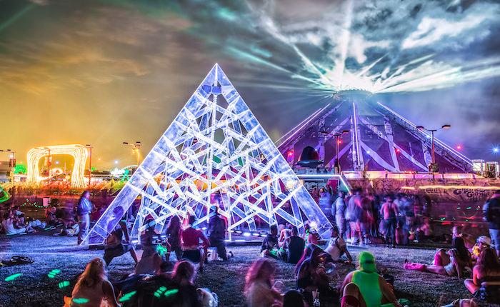 The Art of EDC Las Vegas: Luz