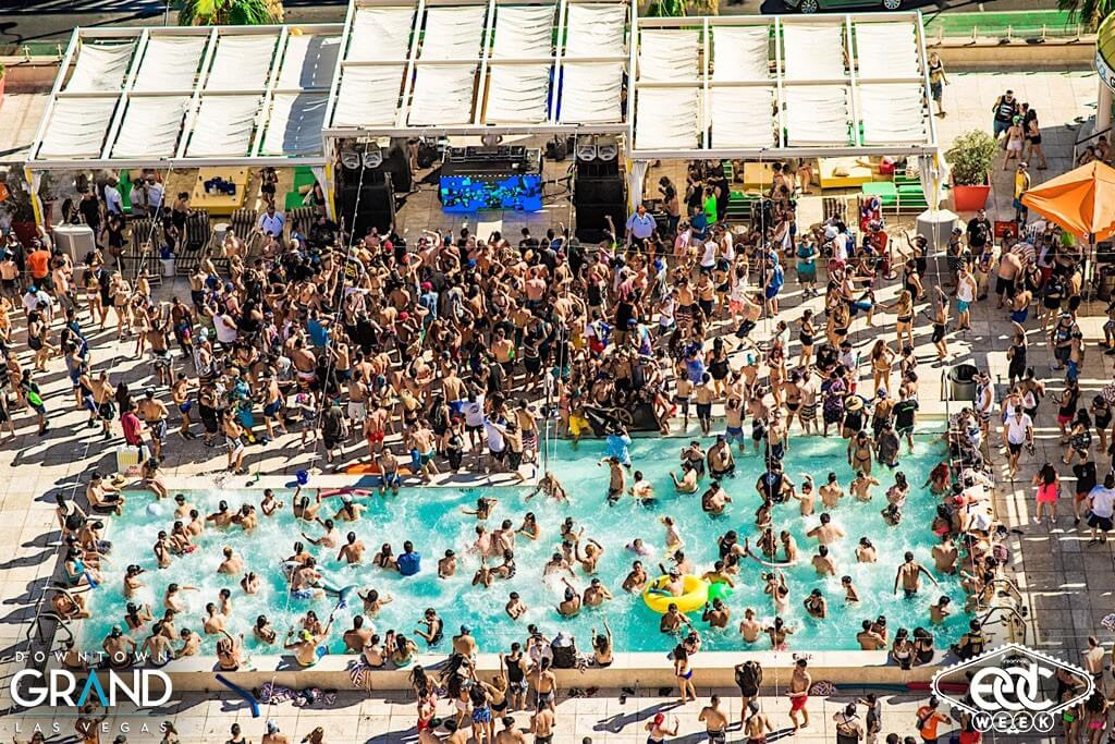 BCLVPOOLPARTY2016_0616_163938-6992_IME