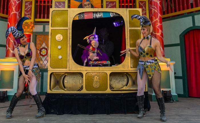 This Hip-Hop Puppet Show Was a Total Hit at Middlelands